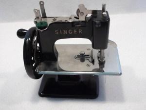 1964 singer sewing machine value